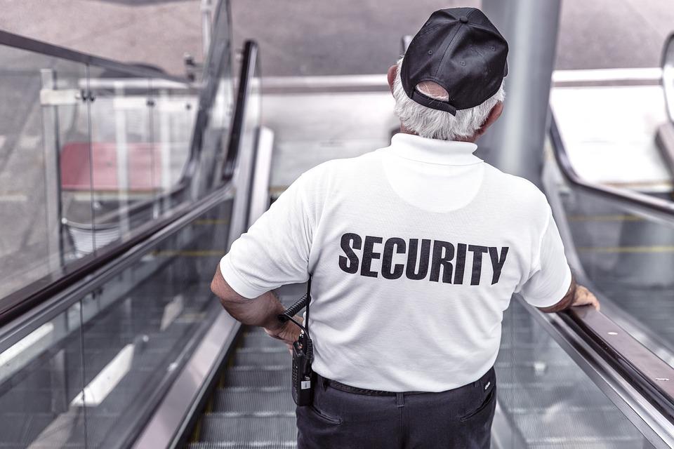 cláusulas de jubilación forzosa