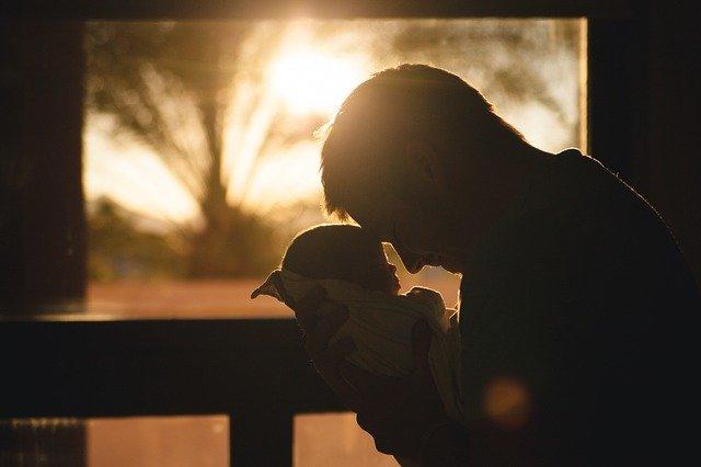 despido nulo discriminación refleja paternidad