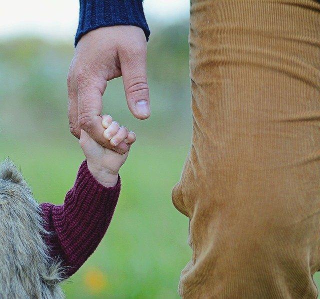 excedencias por cuidado de hijos o familiares